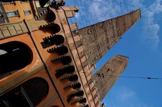 Bologna - Die zwei Türme Garisenda und Asinelli
