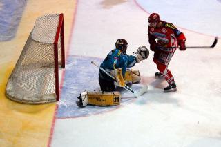 KAC vs. Linz