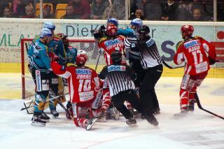 KAC vs Linz